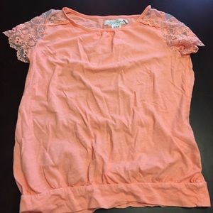 Girls lace banded waist top